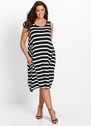 fad11beae6a Plus Size Women's Day Dresses | Sizes 14-32 | Curvissa
