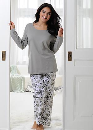 Plus Size Nightwear  3d4e42355